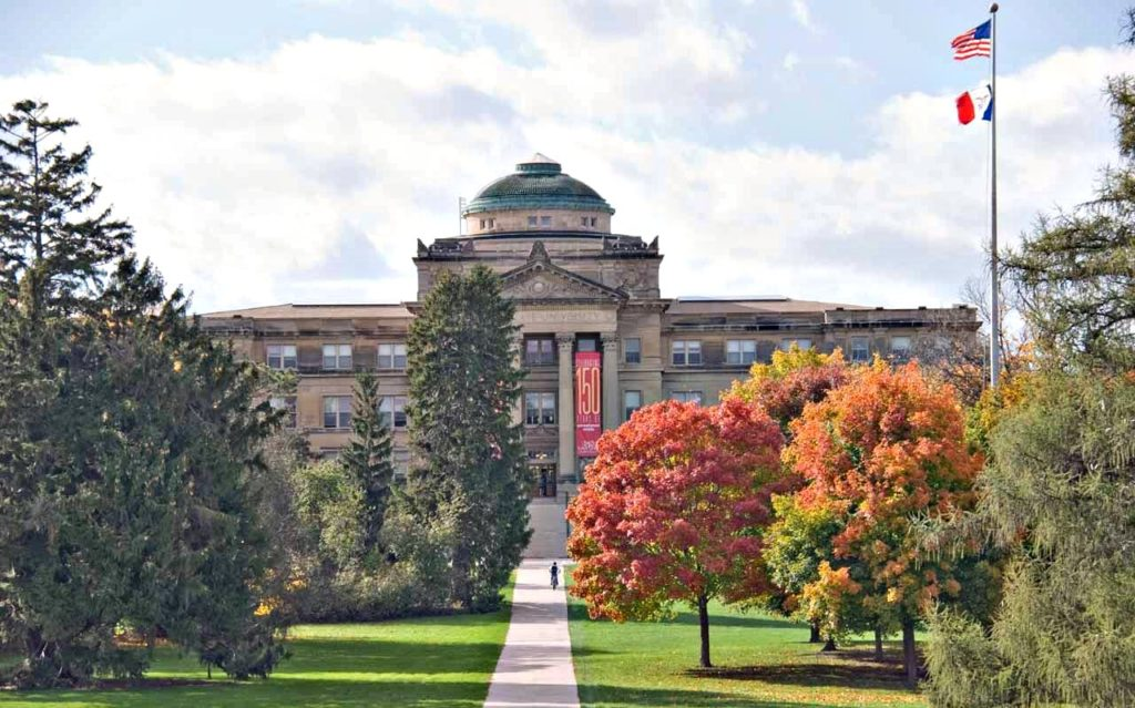 Beardshear Hall at Iowa State University